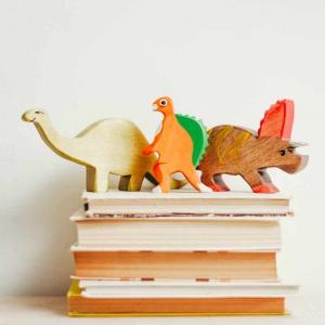 輸入住宅の家おもちゃと本